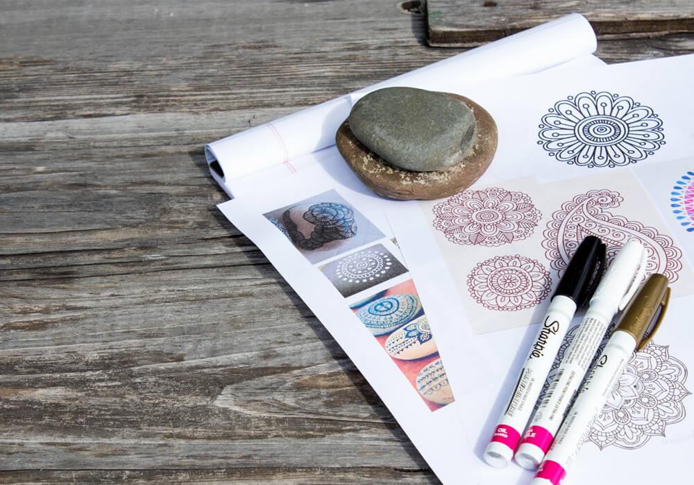 IMG 8483 - DIY: Mandala Garden Stones