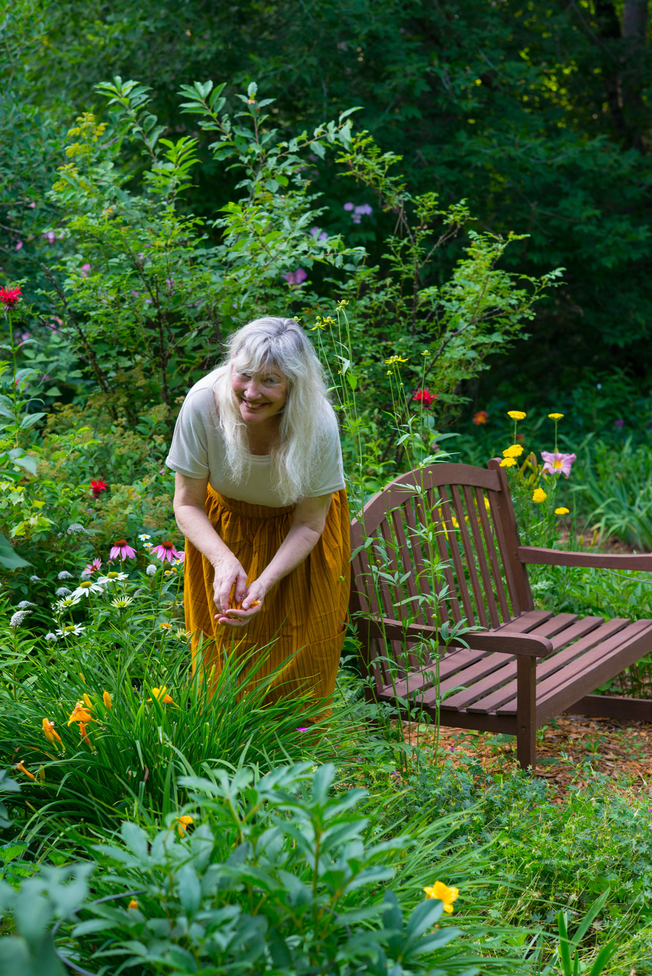 JosieLaura 2020 090 - A Walk in the Garden