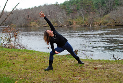fleece leggings post1 - Snowflake Fleece Leggings: Outdoor Yoga