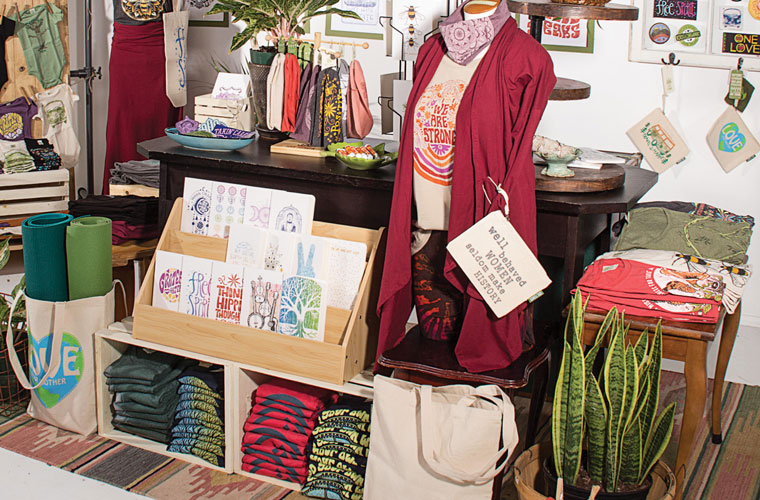 hippie merchandising display crates - DIY Retail Display Ideas to Try in Your Shop