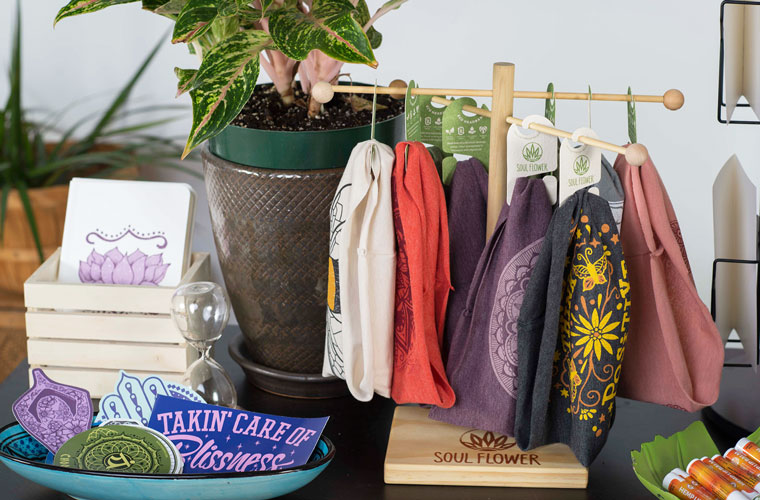 hippie merchandising display diy 22x3 - DIY Retail Display Ideas to Try in Your Shop