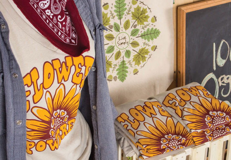 hippie merchandising display diy3 1 760x526 - Harvest Market: A Fall Merchandising Display