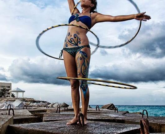 hooping 530x430 - Hoop Dancing
