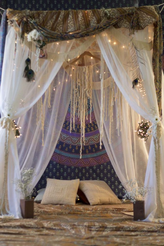 How to Build an Indoor Fort: Bohemian Tent | Cool Tapestries | Hippie Wall Hangings