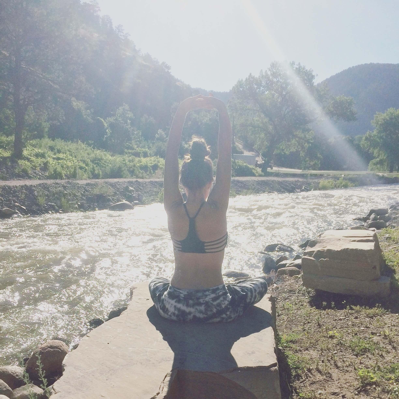 7 Tips for Having a Stress-Free Wedding Day | Soul Flower Blog