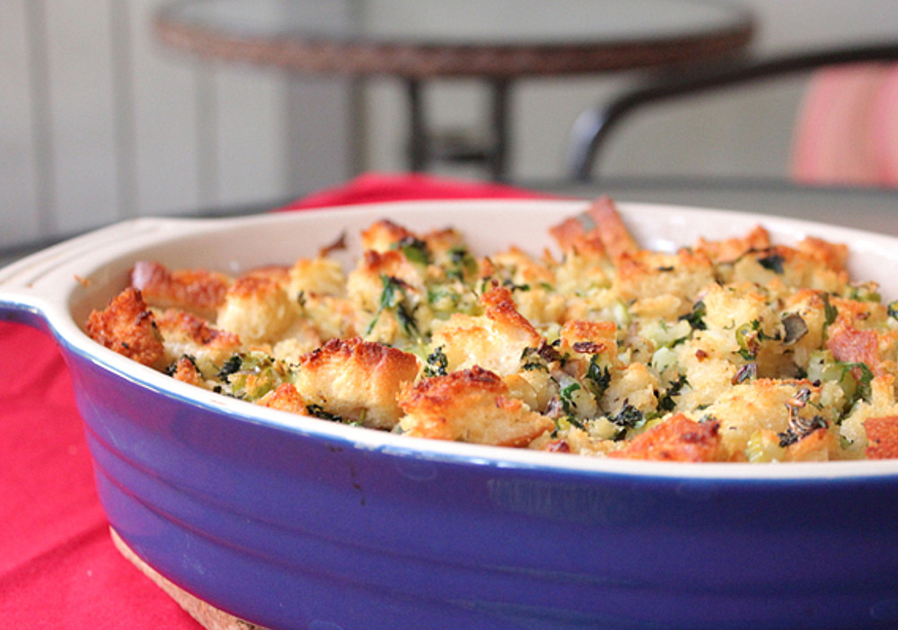 vegan thanksgiving stuffing - 20 Vegan Recipes for a Thanksgiving Feast